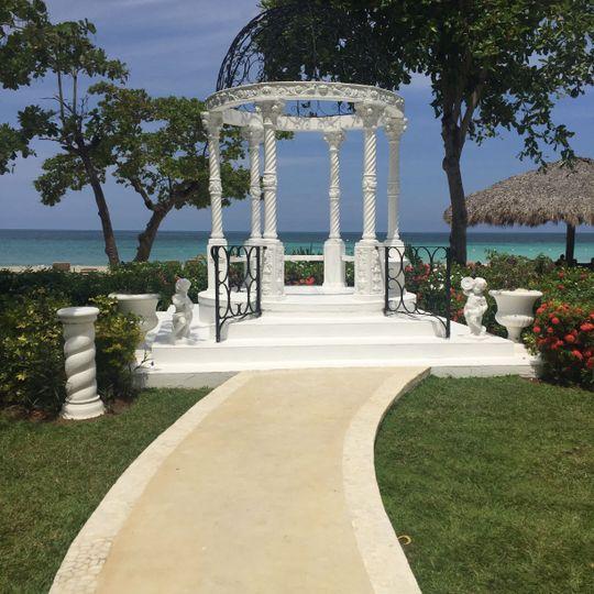 Gazebo Wedding Location