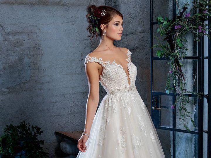 Tmx 1521576572 04bed70e09b3edee 1521576570 8e0ec250b5fc796d 1521576565033 32 B99ADA08 50EB 4CA Frederick, District Of Columbia wedding dress