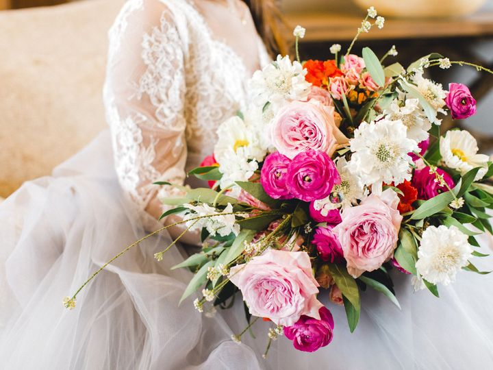 Tmx 1529961296 588a6ac42b5d8807 1529961294 F9e52a0f88c14d83 1529961292515 8 003A4654 Caledonia, MI wedding florist