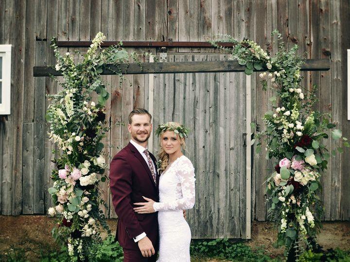 Tmx Img 2597 51 755884 160201909313290 Caledonia, MI wedding florist