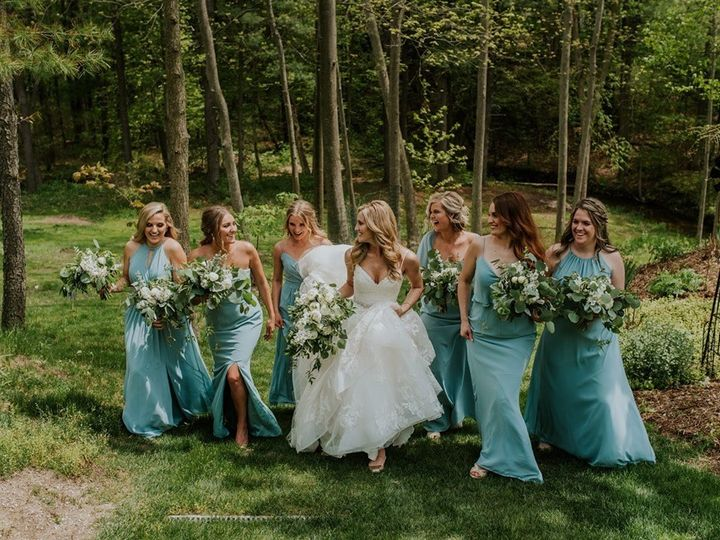 Tmx Img 4905 51 755884 1568827827 Caledonia, MI wedding florist