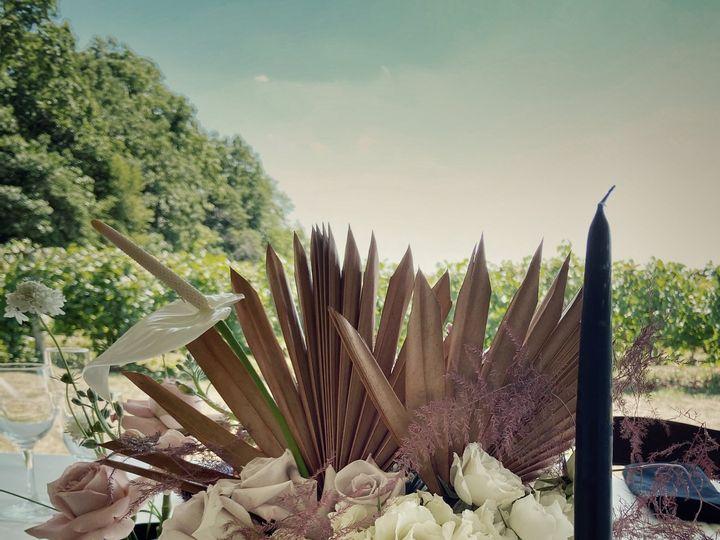 Tmx Kv3 Jpg 51 755884 160201774173718 Caledonia, MI wedding florist