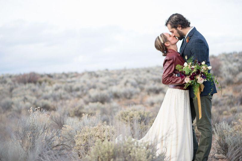36e1484a9b696410 1477622428889 020616 campbell torchio wedding 255