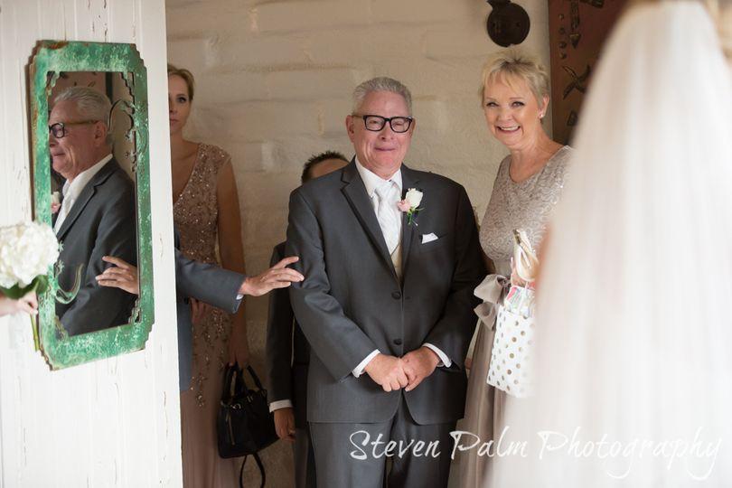 bride first look dad tucson weddings 1