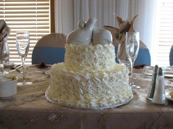 Tmx 1317411283181 2270652146174118997621114017722213278275361881646n Lakeville wedding cake