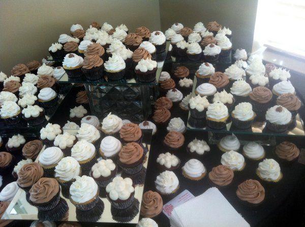 Tmx 1317411287174 28931025400825796067711140177222132710234171244276o2 Lakeville wedding cake