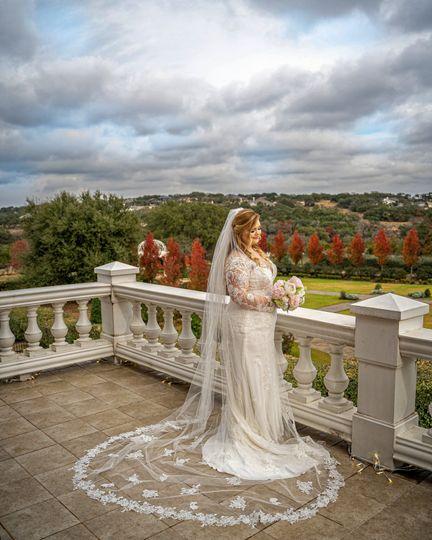 Bridal Formal Pose