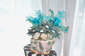 Angel Sweet Cakes and Green Leaf Celebrations