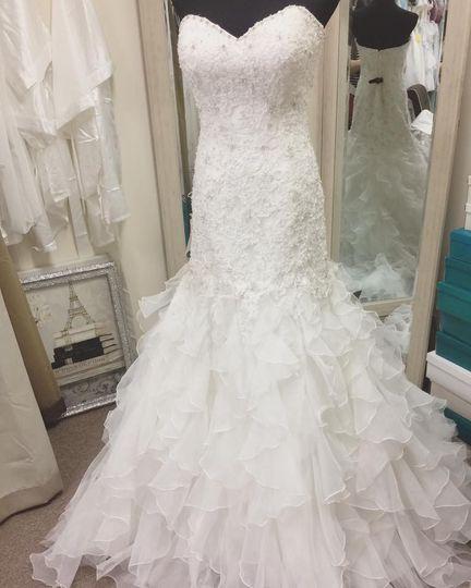 Champagne taste bridal dress attire north beach md for Wedding dresses in md