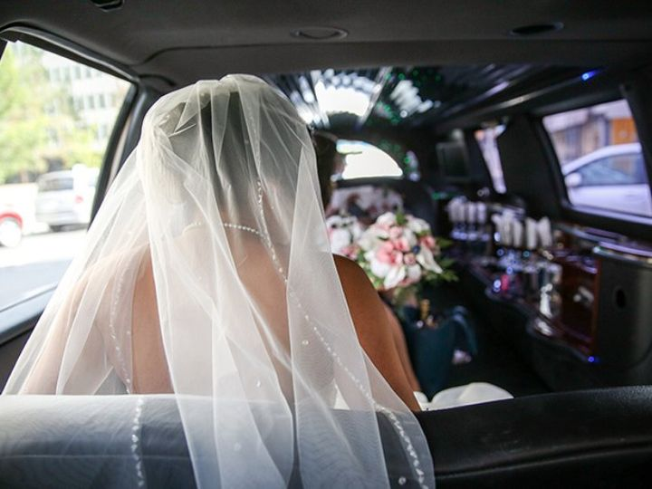 Tmx Bride In A Wedding Limouine In Ground Alliance 51 1053984 Wayne, NJ wedding transportation