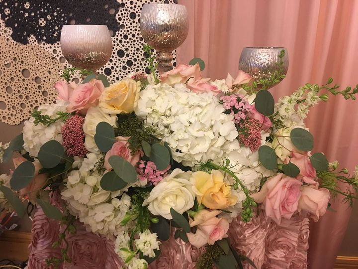 Tmx 1539187789 4baeddf126b06ac0 1539187785 99d5267174e7a059 1539187780456 3 IMG 9209 Trenton, NJ wedding florist