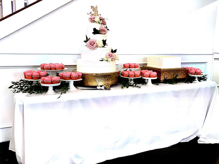 Tmx 1538103818 9c8f240308ee3598 1538103816 37b8c5929807ada4 1538103821774 6 Mk6 Grand Prairie, TX wedding catering