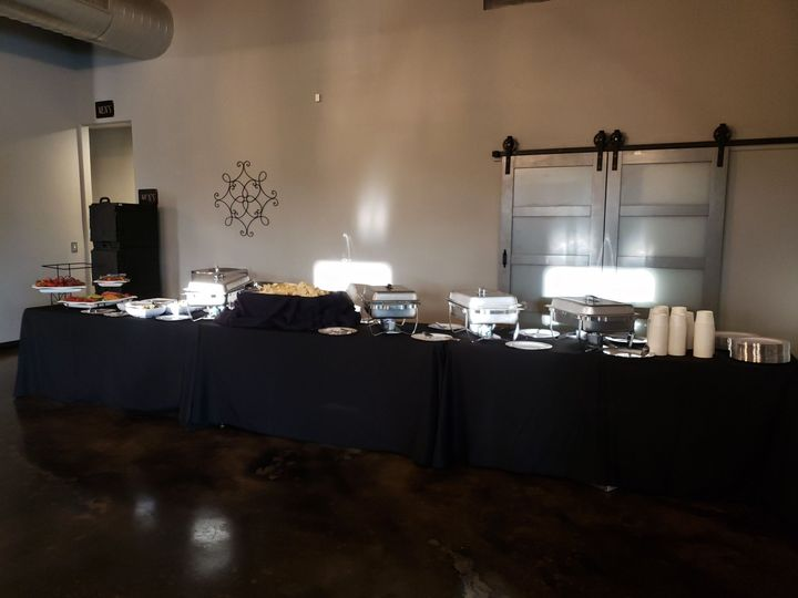 Tmx 1538105402 A7dc91f880f2f234 1538105399 4d8ff2f7402e837d 1538105394333 4 Lcw4 Grand Prairie, TX wedding catering
