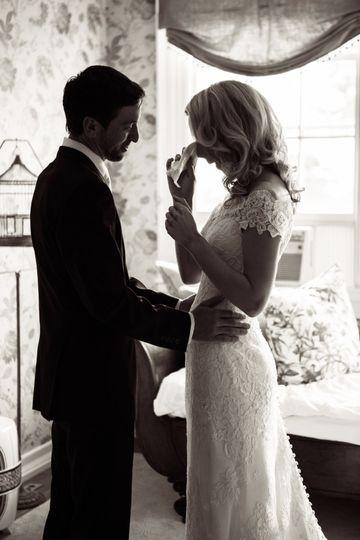 41c1d7825b3d6c29 1538655312 d0702166b4eba7dc 1538655311386 15 Heintz Wedding 18