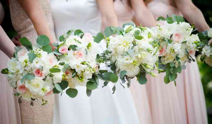 DLN Floral Creations