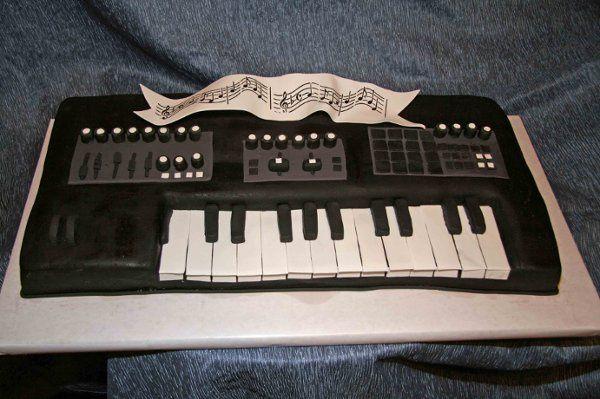 Tmx 1256085876134 KeyboardCake Little Rock wedding cake