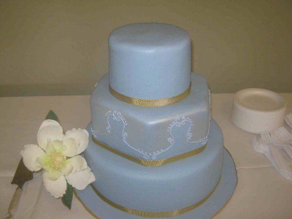 Tmx 1291156091583 MagnoliaBlueWeddingCakesmaller Little Rock wedding cake