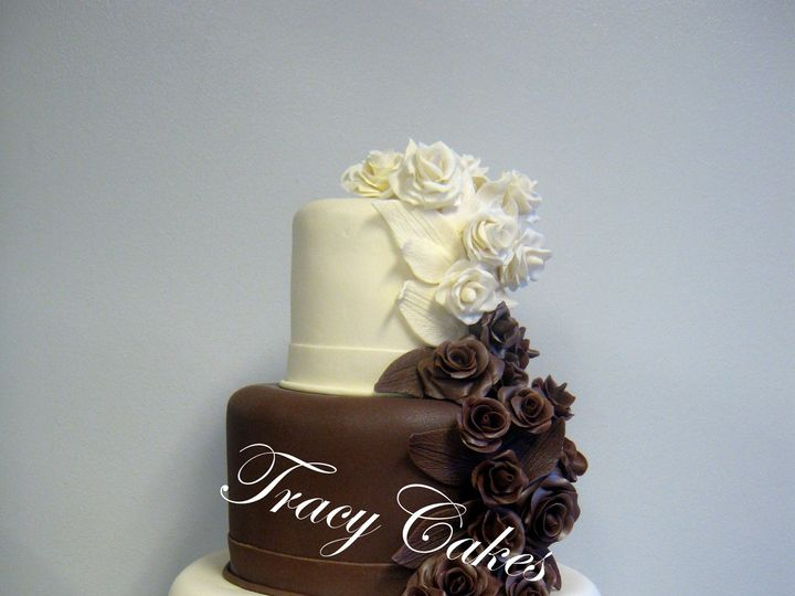 Tmx 1398900834418 Brown And White With Rose Cascade   Watermarke Little Rock wedding cake