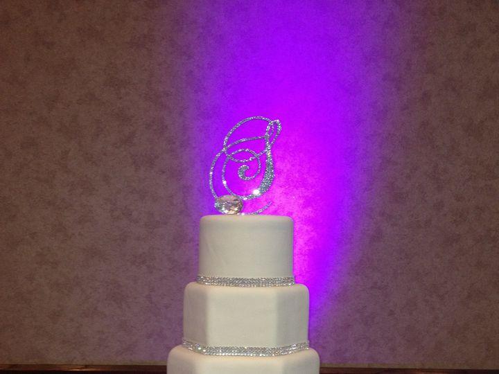 Tmx 1398900944775 Diamonds Are A Girls Best Frien Little Rock wedding cake