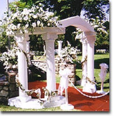 WeddingColonnadeOutside2