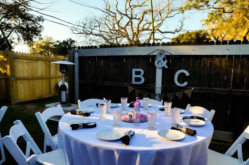 backyard wedding tablescape