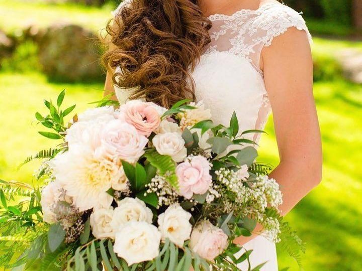 Tmx 1491610992 A9ea4b5e733ec6a2 14720614 1192460387480501 8981951862948041661 N Loveland, CO wedding florist