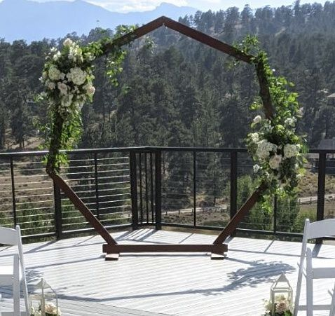 Tmx 6069ce34 7fac 4fe2 B0b5 Baef18758e01 51 193094 159929129117546 Loveland, CO wedding florist