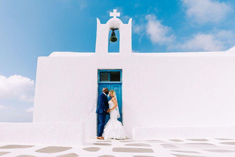 632f15e853eff85a 1479898558025 wedding photography santorini