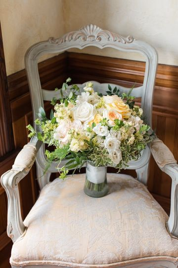 casey bridal bouquet yellow jennifer b photography 51 965094 1567619373