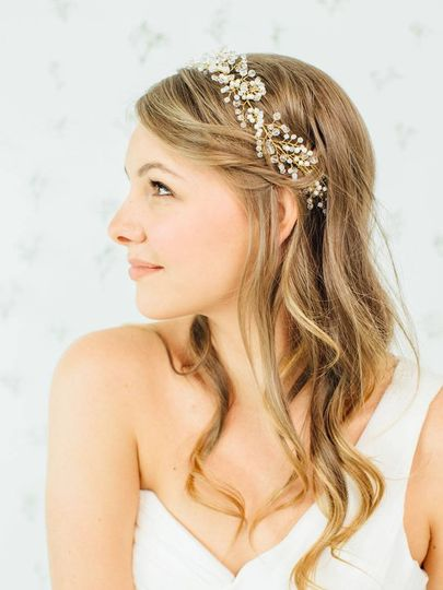 800x800 1421777859647 bridal hair piece davie and chiyo