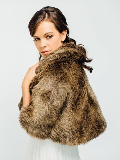 800x800 1421778065369 faux fur capelet stole woodland davie and chiyo