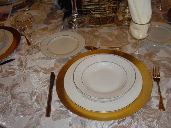we have all your chinaware and glassware needs for your special day!
