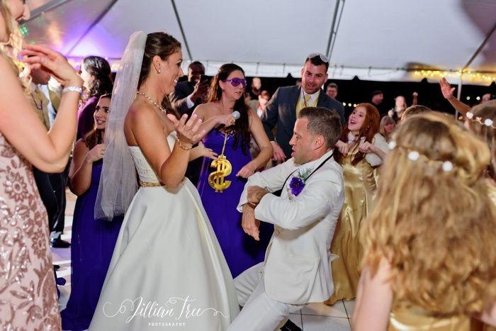 Tmx Thalatta Estate Wedding Photographer Jillian Tree Photography 105 51 996194 1559331078 Hialeah, FL wedding dj