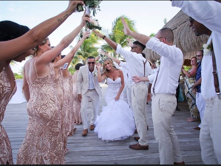 Tmx Img 2958 51 138194 159102694816098 Hamden, CT wedding planner
