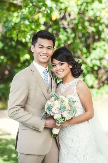 Destination bride from California at the Four Seasons Koolina Hotel