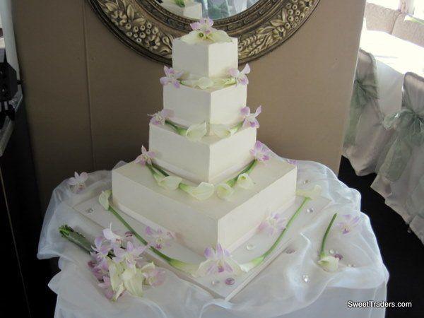 Tmx 1267511735325 Buttercrmsqcallorchid.jpg Huntington Beach, California wedding cake