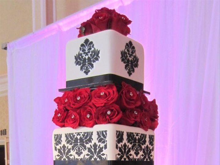 Tmx 1358291141945 1818423756619891581781290929570n Huntington Beach, California wedding cake