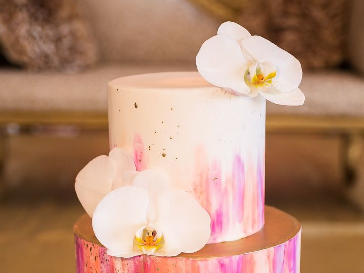 Tmx 1518815087 974c5c65a159acd7 1518815084 Ade67ee7f3a8ccb5 1518815063015 45 ShrutiShinhaHotel Huntington Beach, California wedding cake