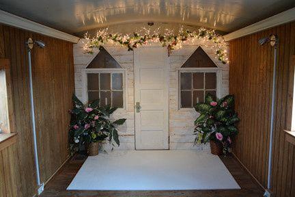 country caboose wedding chapel   venue   joplin mo