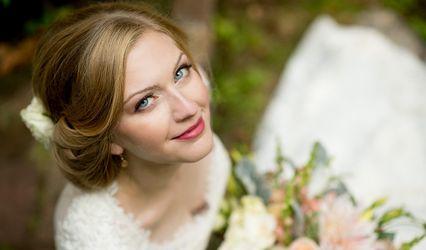 Erin Hunt Hair & Makeup