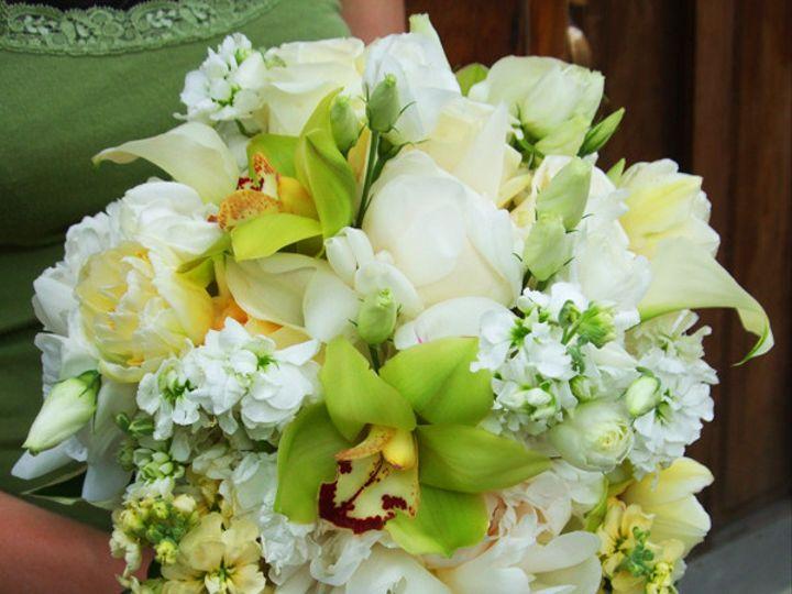 Tmx 1402595097917 Green White Cream Bouq Wedding Jpg Brooklyn wedding florist
