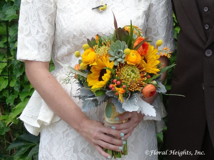 Tmx 1527642008 Eb3420ea34d0c588 1527642006 48f418fbab968b1f 1527641993480 1 Ashley S Wedding B Brooklyn wedding florist