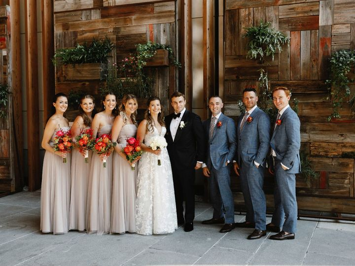 Tmx Joanna Dan Wedding 275 51 634294 1566067317 Brooklyn wedding florist