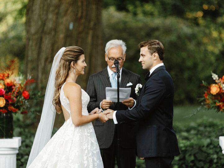 Tmx Joanna Dan Wedding 458 51 634294 1566067316 Brooklyn wedding florist