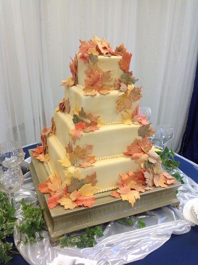 The Cake Lady - Wedding Cake - Sedalia, MO - WeddingWire