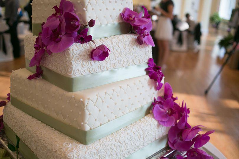 c8aae15a52a39316 1527372246 6bf566f742ef9653 1527372221690 5 5 tier wedding cak