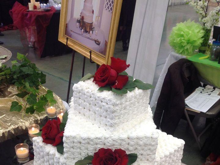 Tmx 1527372248 C10b522947793e42 1527372246 Ec8f201989b6dfd5 1527372221691 7 Tiered Cake Red Ro Sedalia wedding cake