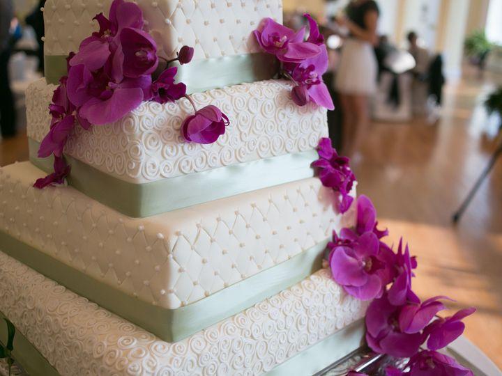 Tmx 1527372249 C8aae15a52a39316 1527372246 6bf566f742ef9653 1527372221690 5 5 Tier Wedding Cak Sedalia wedding cake