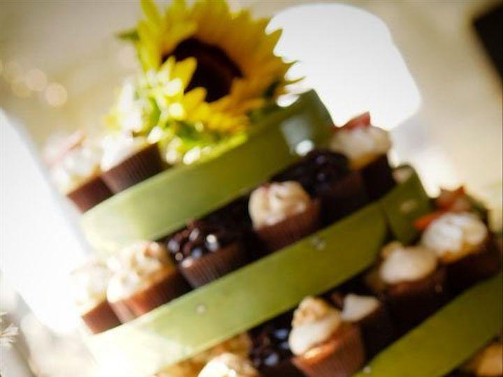 Tmx 1352479619372 LeoDJphoto2  wedding cake