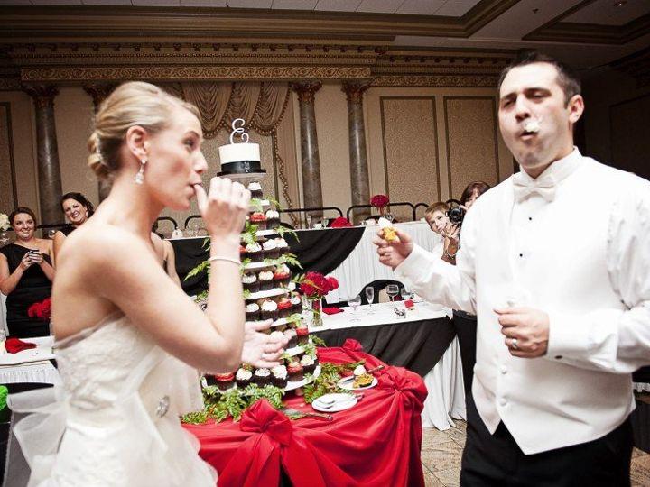 Tmx 1357573981518 232323232fp92nu3244739358WSNRCG3549449338nu0mrj2  wedding cake